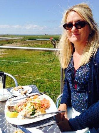 Skerries Bistro: seafood platter in the sun