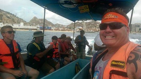 A-maze-in Cabo Race : Boat to the beach