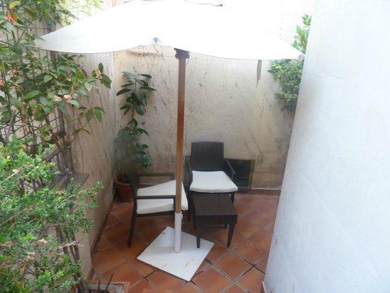 Barocco Hotel: courtyard