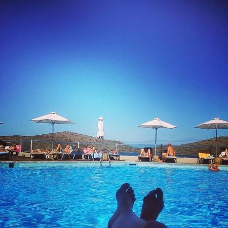 SENTIDO Elounda Blu: The pool view