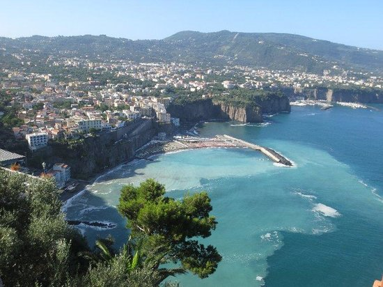 Pleasant Travel - Day Tours: Beaufiul Sorrento