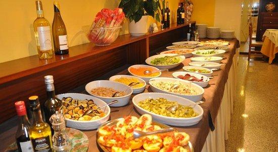 Hotel Sayonara: Buffet con antipasti di verdure