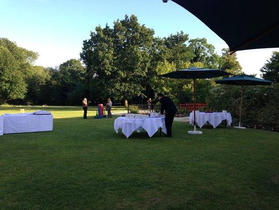 Sopwell House: Garden terrace