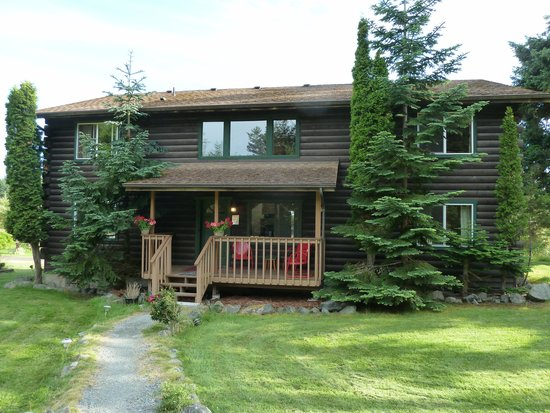 Deer Harbor Inn: Log Cabin Lodge