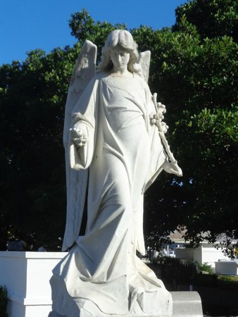 Key West Cemetery: A beautiful angel statue