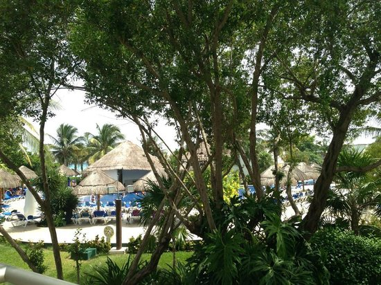 Sandos Caracol Eco Resort: View from our room.