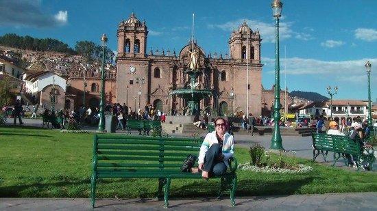 Catedral del Cuzco o Catedral Basílica de la Virgen de la Asunción: Catedral de Cusco - Praça das Armas