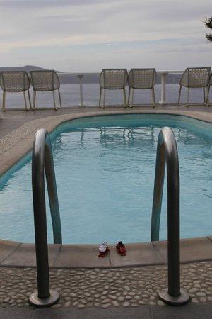 Mill Houses Elegant Suites : The pool