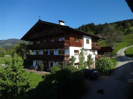 Hotel Garni Wieshof: Haus von Fam. Pöll