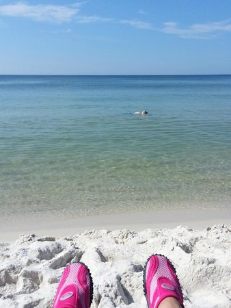 Holiday Inn Resort Pensacola Beach: Clear blue/green water