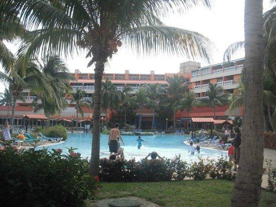 Barceló Solymar Arenas Blancas Resort: main pool area