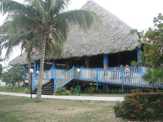 Barceló Solymar Arenas Blancas Resort: buffet by the beach