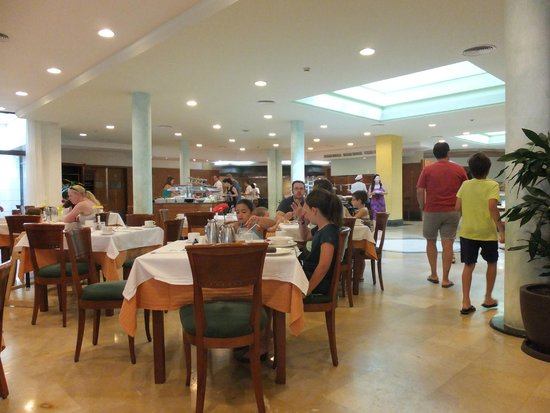 Insotel Punta Prima Resort : One of the three buffet dining rooms