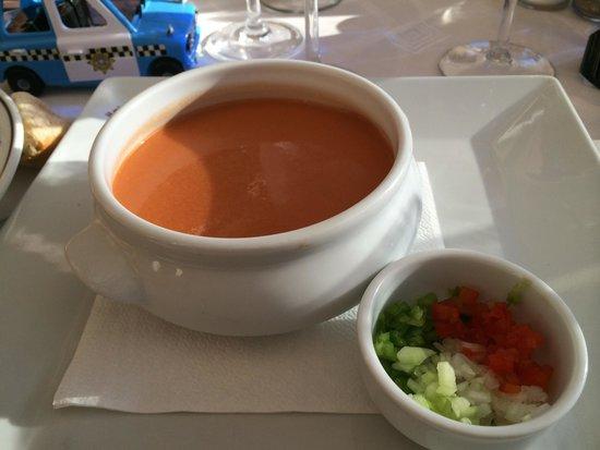 restaurante Il Giardino: Super lækker kold grøntsagssuppe.