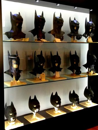 Warner Bros. Studio Tour Hollywood : Batman masks