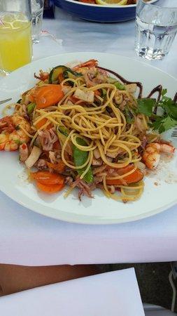 L'Amirauté: wok gambas calamars