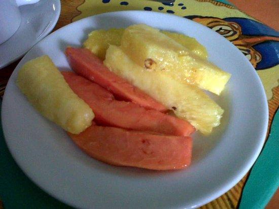 San Andres Noblehouse Hotel: frutas no café da manhã