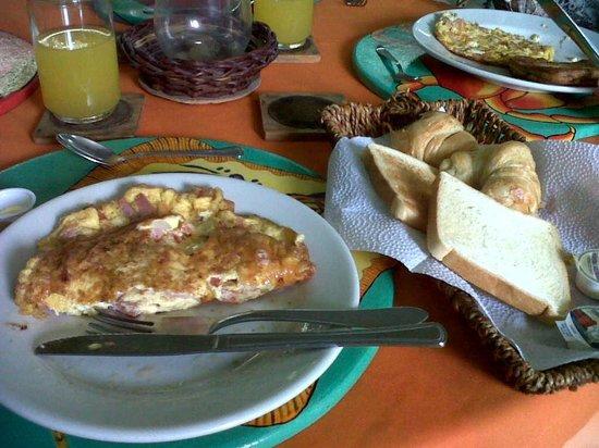 San Andres Noblehouse Hotel: café da manhã