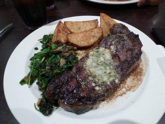 Jack's: lekkere steak, spinazie was iets minder van smaak