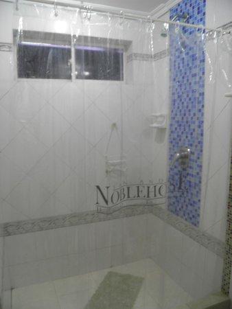 San Andres Noblehouse Hotel: banheiro