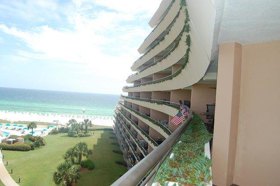 Edgewater Beach Condominium : Edgewater
