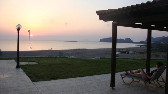 Panorama Hotel: sunset, view from the pool area