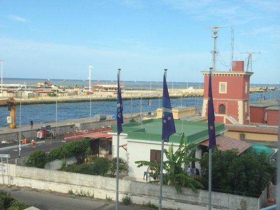 Hotel Tiber Fiumicino: Вид на море