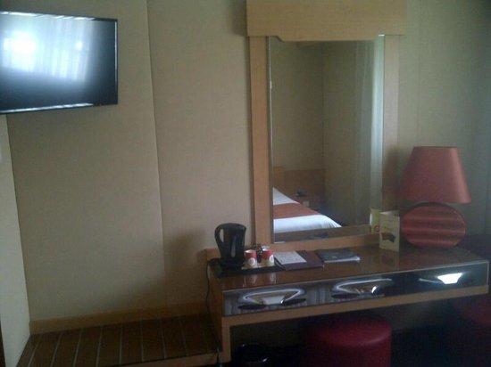 Hotel du Beryl : télévision