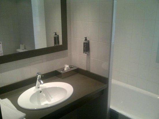 Hotel du Beryl : salle de bains