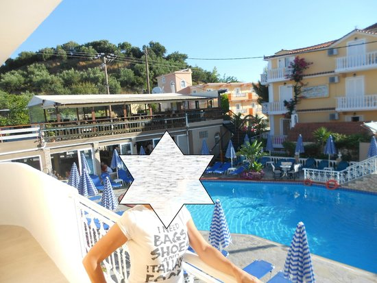 Planos Beach Hotel: Room 112