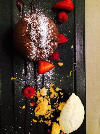Minotor Steakhouse: Chocolate fondant