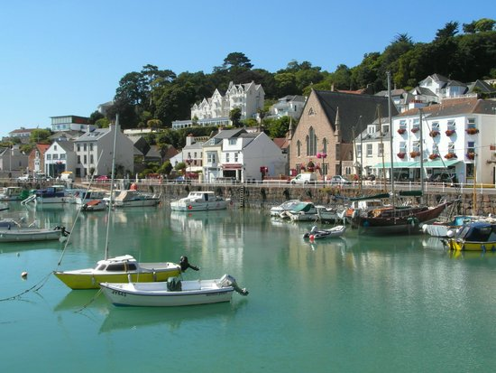 St. Aubin, UK : The harbour. St Aubin