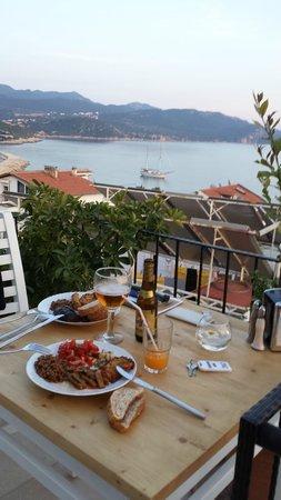 Hideaway Hotel: cena in terrazza