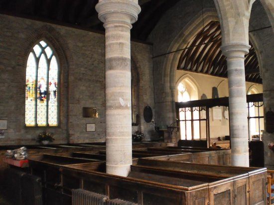 St Michael the Archangel Church: interior