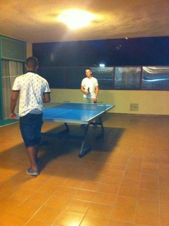 Globales Palmanova: table tenis darts and pool