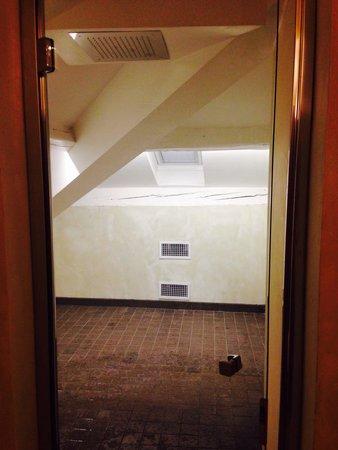 I Portici Hotel : Doccia nella suite