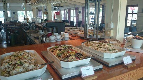 Restaurang Slottshojden : Salad bar
