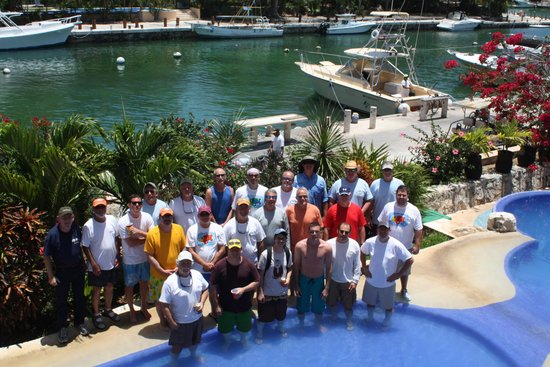 Aventuras Club: Fishng group picture
