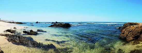 Grand Fiesta Americana Los Cabos All Inclusive Golf & Spa : Clear snorkeling lagoon during calm conditions (not always!)