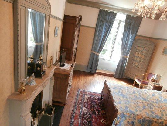 Le Manoir d'Esneval : room view