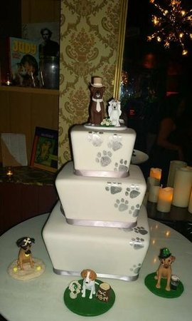 Mandalay Bay Wedding Chapels: my awesome cake