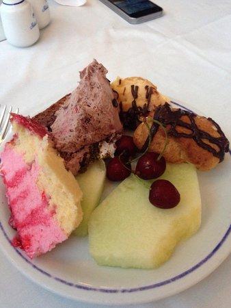 Pasha's Princess Hotel : Evening dessert! Amazing.