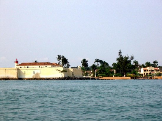 Ana Chaves Bay