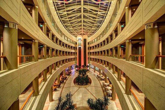 Sofitel Luxembourg Europe : Atrium from the third floor