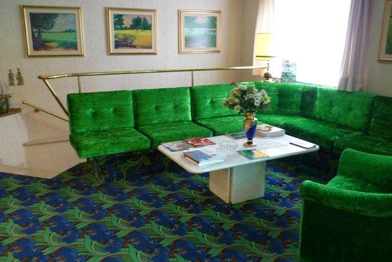 Scherer Hotel: Холл отеля