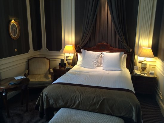Gran Melia Fenix: Double room