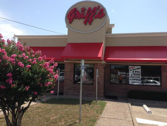 Griff's Hamburgers: Outside the building