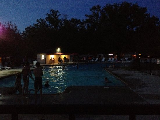 Dorothy, NJ: Night swim