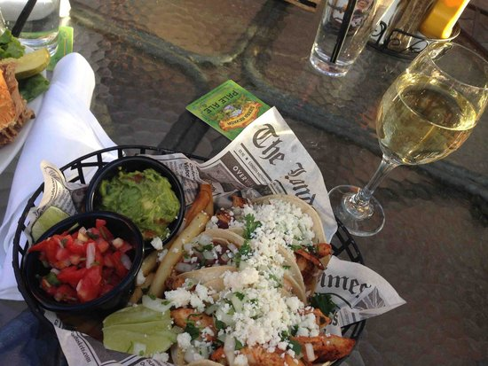 Brooks' Bar & Deck at Edgewood Tahoe: Chicken Tacos with fries