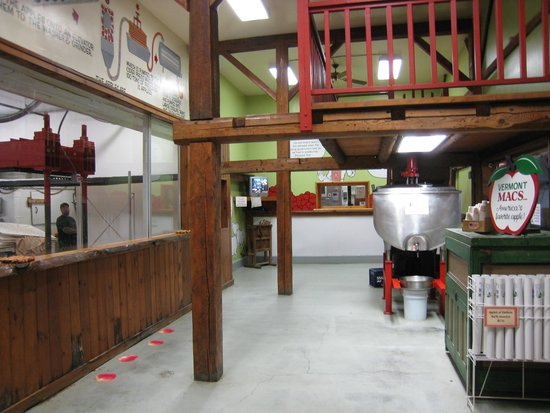 Cold Hollow Cider Mill: Where the Cider is made